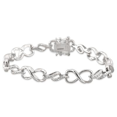 Diamond Heart Infinity Link Bracelet in .925 Sterling Silver