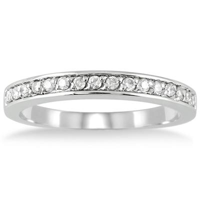 1/4 Carat T.W Diamond Wedding Band in 10K White Gold