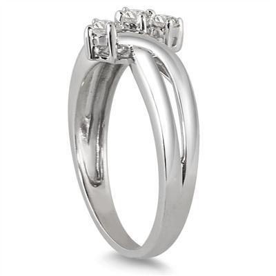 1/4 Carat TW Three Stone Diamond Ring in 10K White Gold
