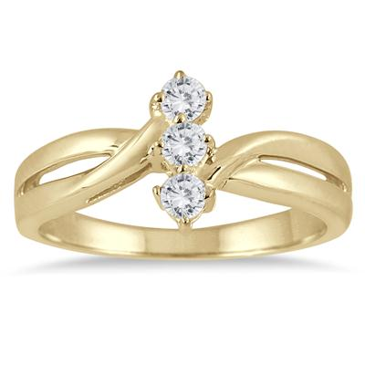 1/4 Carat TW Three Stone Diamond Ring in 10K Yellow Gold