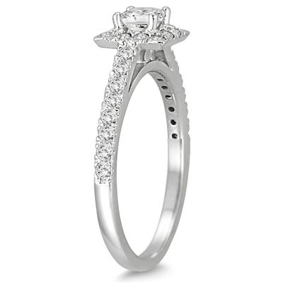 3/4 Carat Princess Cut Diamond Engagement Ring in 14K White Gold