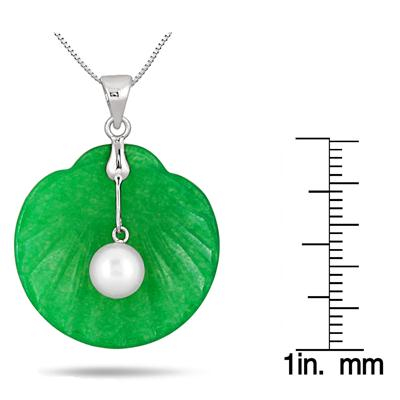 Freshwater Cultured Pearl and Jade Seashell Pendant in .925 Sterling Silver