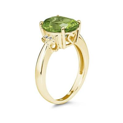 4.50 Carat Peridot  & Diamond Ring in Yellow Gold