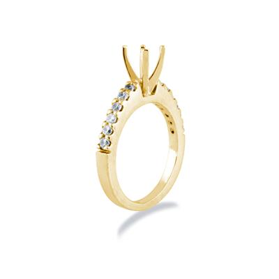 18k Yellow Gold Prong Set Diamond Engagement Ring with Matching Band