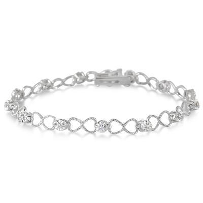 Diamond Heart Link Bracelet in .925 Sterling Silver