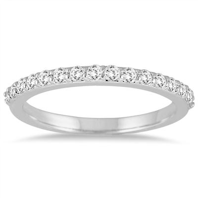 1 3/5 Carat TW Diamond Halo Bridal Set in 14K White Gold