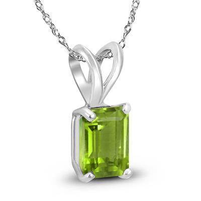 14K White Gold 7x5MM Emerald Shaped Peridot Pendant