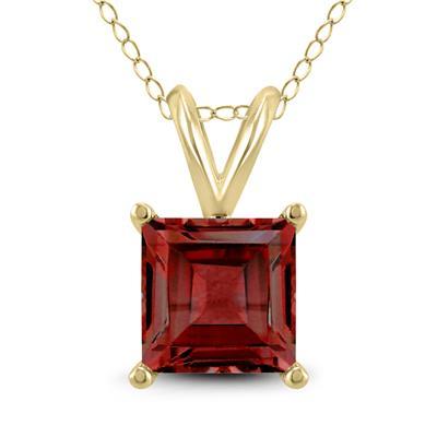 14K Yellow Gold 5MM Square Garnet Pendant