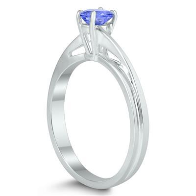 Solitaire Oval 5X3MM Tanzanite Gemstone Twist Ring in 10K White Gold