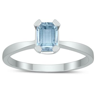 Emerald Shaped 6X4MM Aquamarine Solitaire Ring in 10K White Gold