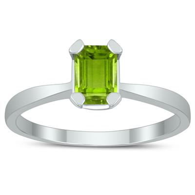 Emerald Shaped 6X4MM Peridot Solitaire Ring in 10K White Gold