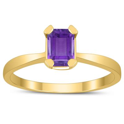 Emerald Shaped 6X4MM Amethyst Solitaire Ring in 10K Yellow Gold