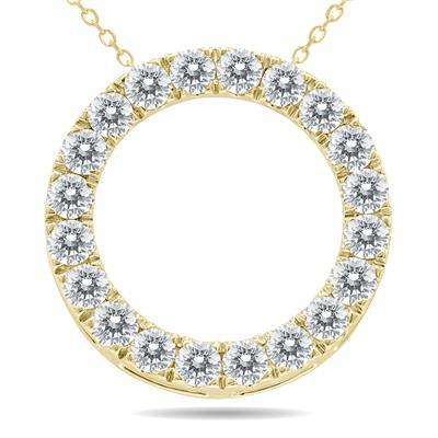 1 1/2 Carat TW Diamond Circle Pendant in 10K Yellow Gold