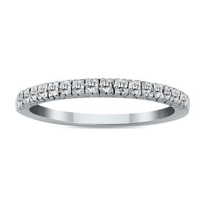 1/6 Carat TW Diamond Wedding Band in 10K White Gold