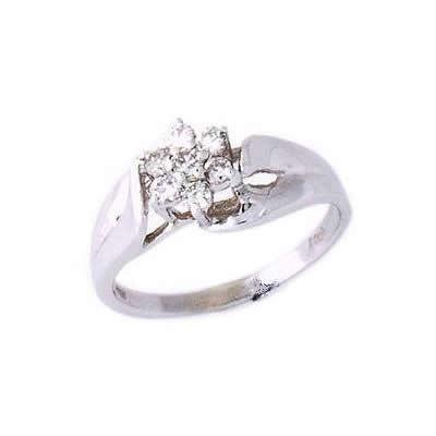 Seven Diamond Flower Ring
