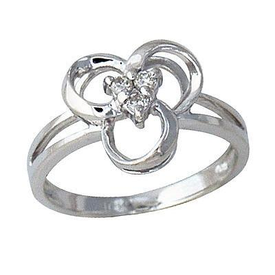 Diamond Swirl Ring in White Gold