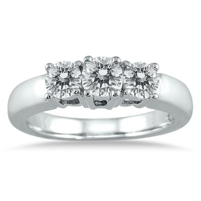 1 Carat TW Three Stone Diamond Ring in 10K White Gold (H-I Color, I1-I2 Clarity)