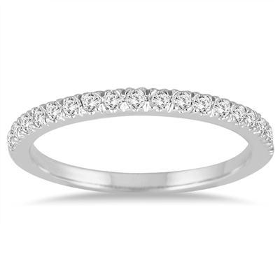 1/4 Carat TW Diamond Wedding Band in 14K White Gold