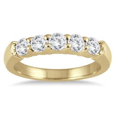 3/4 Carat TW Five Stone Diamond Wedding Band in 14K Yellow Gold