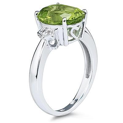 Peridot & Diamond Ring in 10k White Gold