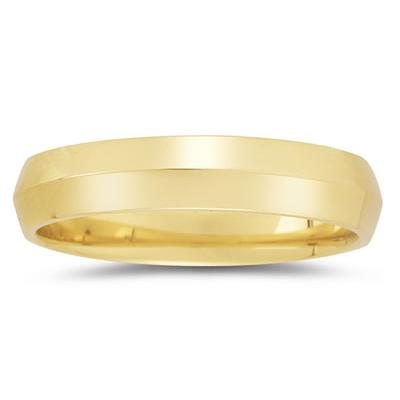 5 mm Knife Edge Comfort-Fit Wedding Band in 10k Yellow Gold
